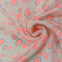 Белый шифон в розовый горох