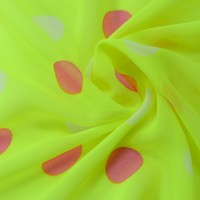 Зеленый шифон в разноцветный горох